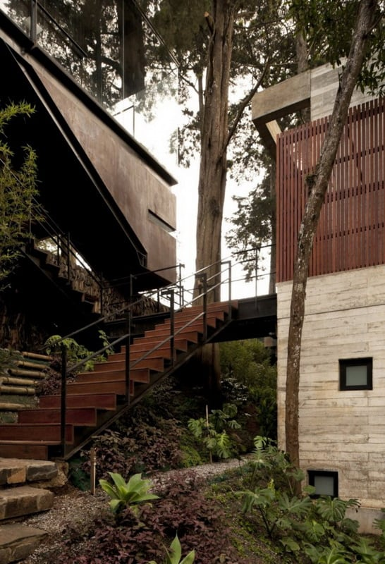 the-corallo-house-by-paz-arquitectura-10.jpg