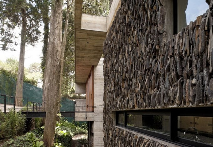 the-corallo-house-by-paz-arquitectura-11.jpg