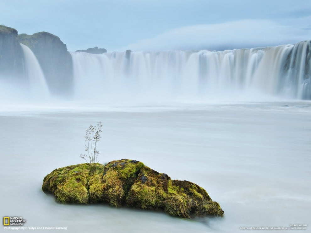 304 990x742 National Geographic – April 2012