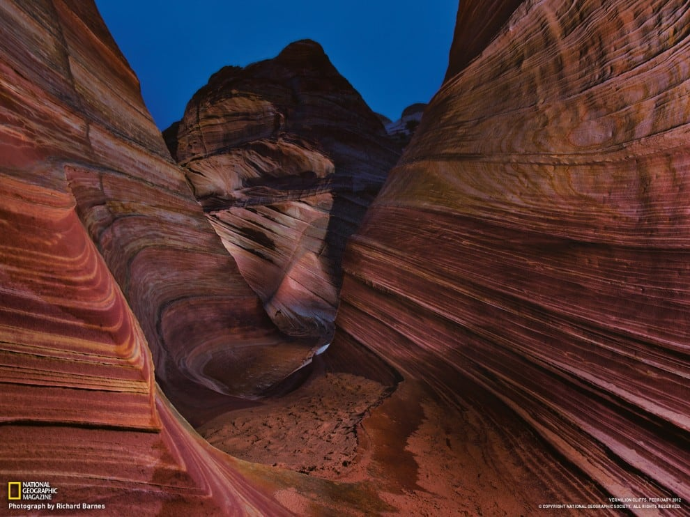 1413 990x742 National Geographic – April 2012