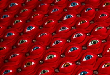 """Hundreds of Eyes Make Up the """"Scopophilia"""" Chair by Fiona Roberts"""