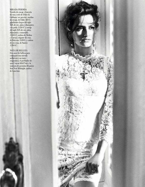 Penelope Cruz Covers Vogue Spain -vogue spain, Tom Munro, photo session, Penelope Cruz, celebrities
