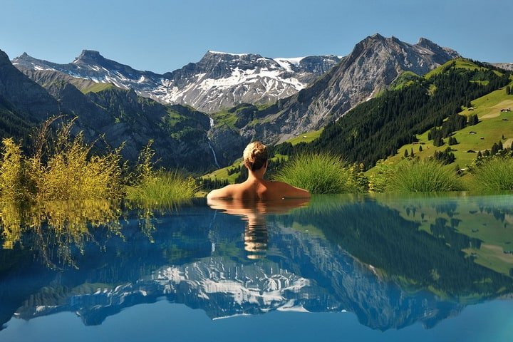 The-Cambrian-Hotell-Swiss-Alps-1