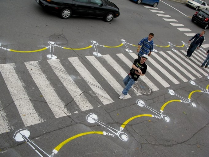 Street Artist Roadsworth -