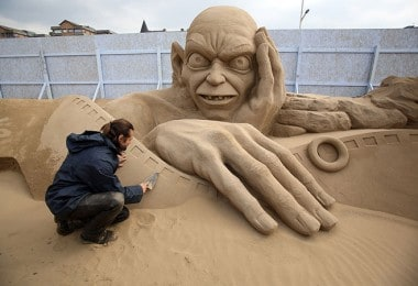 """Sand Sculpture"" Festival in England"