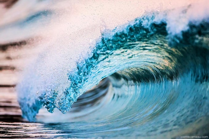 Sculptural Wave Photography by Pierre Carreau -waves
