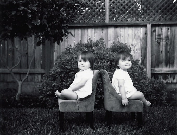huge  04 - Twin Sisters Photography by Geoff Black