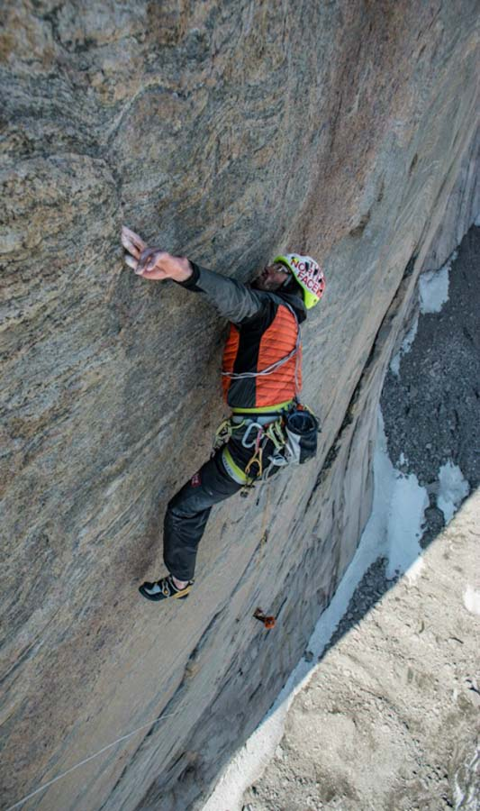 breathtaking pictures of the climbers