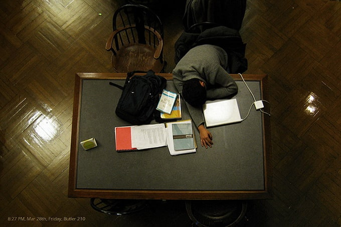 peoplesleepinginlibraries10