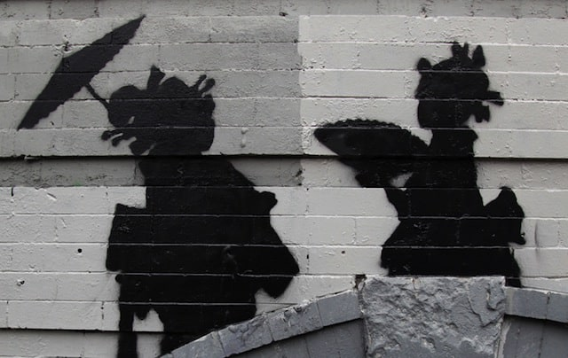 Banksy_in_than_out_NY_17_01