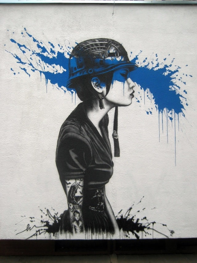 Street-Art-by-Fin-Dac-in-Warsaw-Poland-2