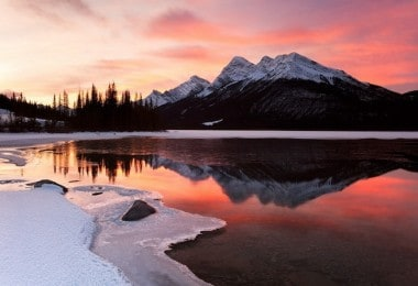 Spectacular landscapes of Canada by Wayne Simpson