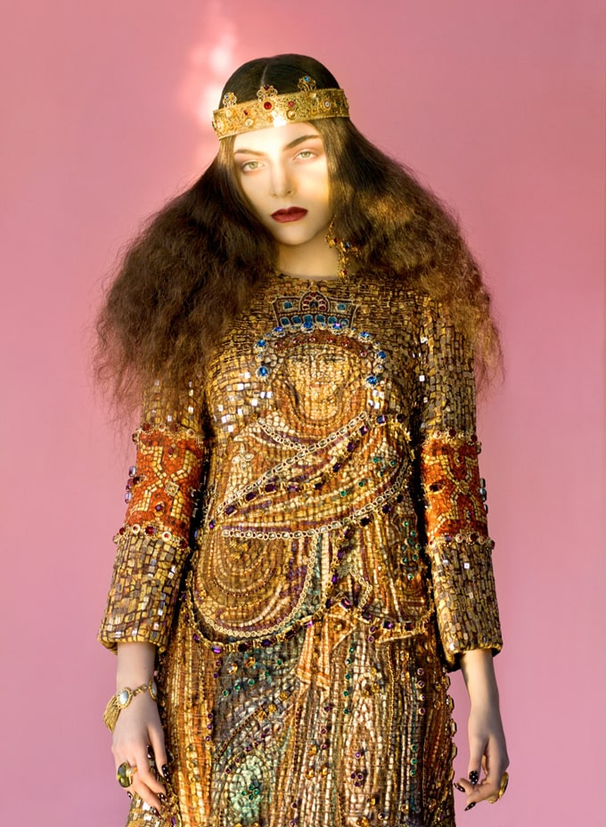 800x1092xlorde-royal-wild-magazine2_jpg_pagespeed_ic_UoD2Z_s6pD