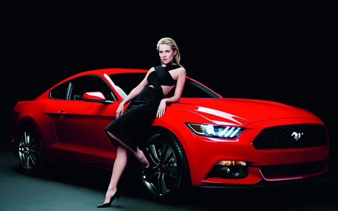 800x500xsienna-miller-ford-mustang4_jpg_pagespeed_ic_sd2EzOJsPO