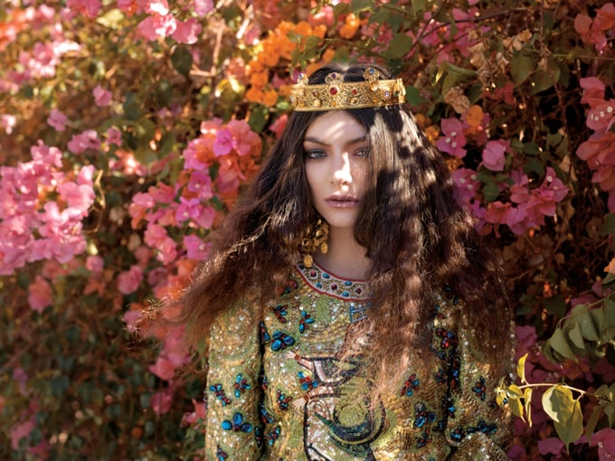 800x600xlorde-royal-wild-magazine4_jpg_pagespeed_ic_ObwDt3eUPB