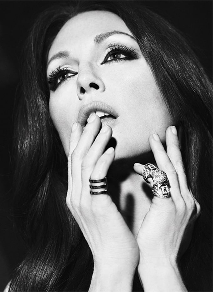 Julianne-Moore-The-Edit-Paola-Kudacki-04