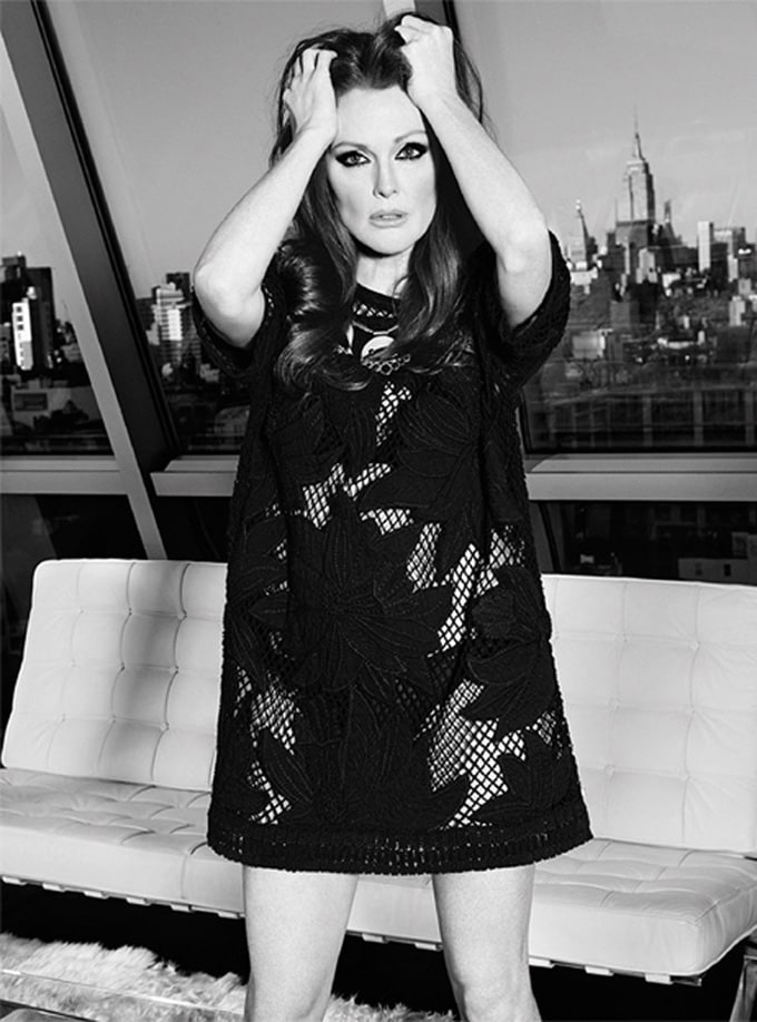 Julianne-Moore-The-Edit-Paola-Kudacki-07