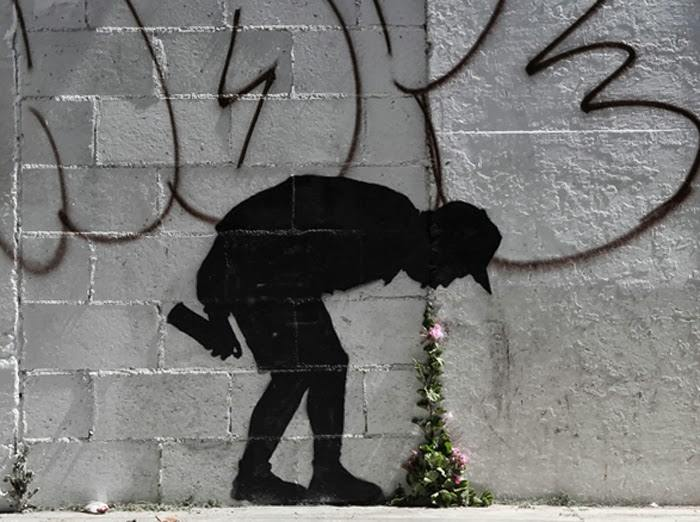 Street-Art-by-Banksy-Better-out-than-in