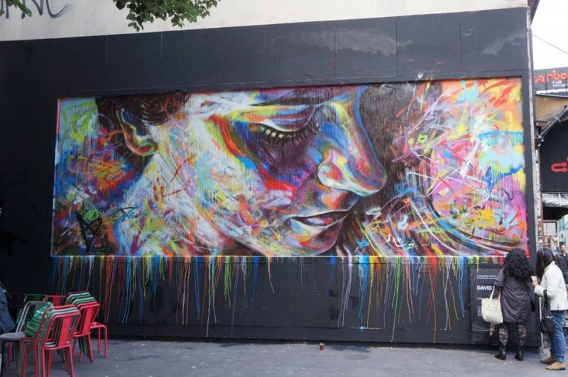 Street-Art-by-David-Walker-in-Paris-France
