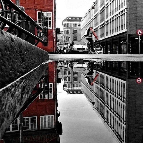 urban_mirrored_streets_07