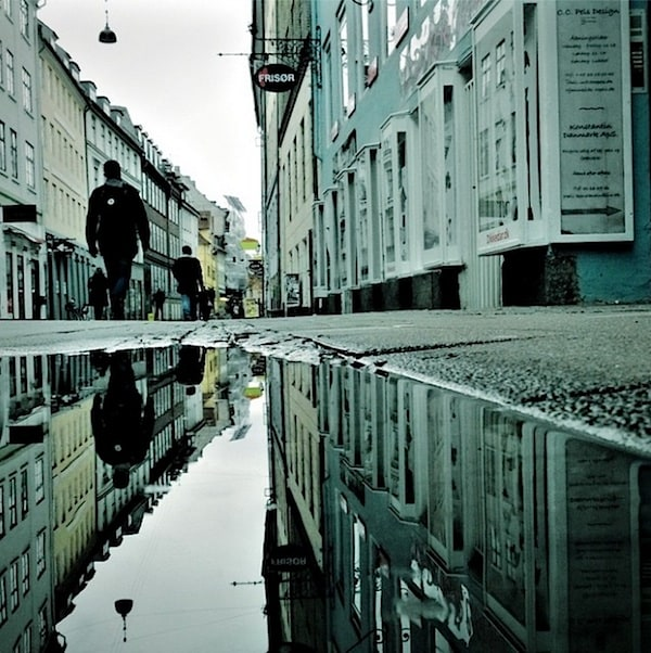urban_mirrored_streets_08