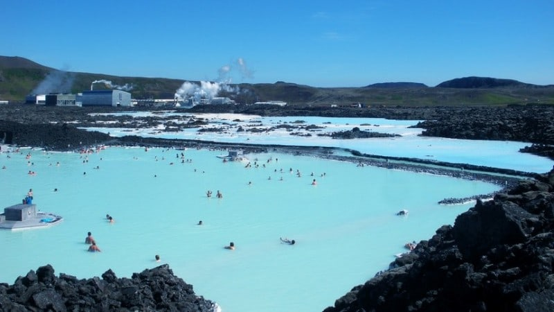 blue-lagoon-in-iceland-16