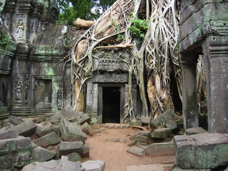 top 33 most beautiful abandoned places in the world 13 The 33 Most Beautiful Abandoned Places In The World