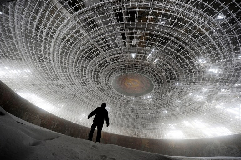 top 33 most beautiful abandoned places in the world 25 The 33 Most Beautiful Abandoned Places In The World