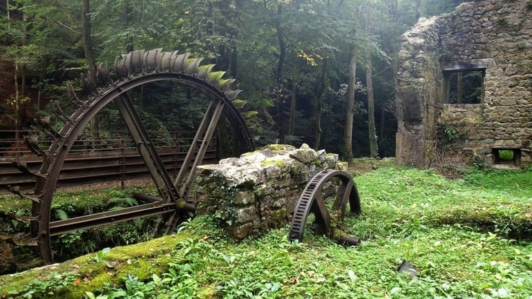 top 33 most beautiful abandoned places in the world 29 The 33 Most Beautiful Abandoned Places In The World