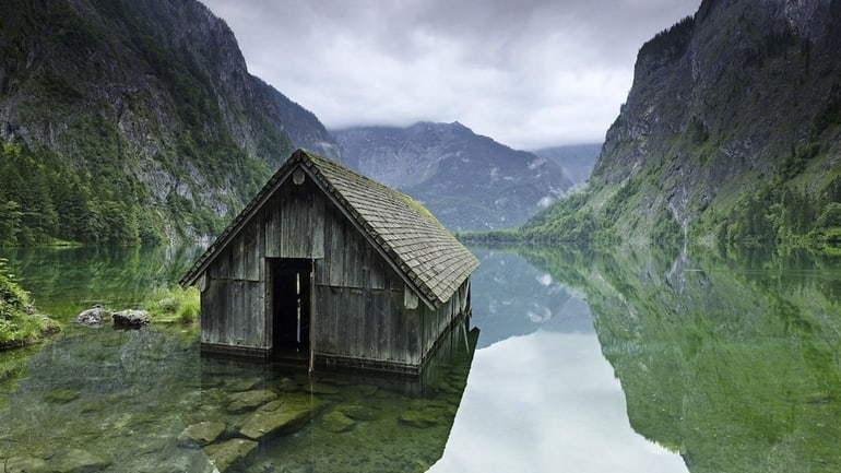 top 33 most beautiful abandoned places in the world 6 The 33 Most Beautiful Abandoned Places In The World