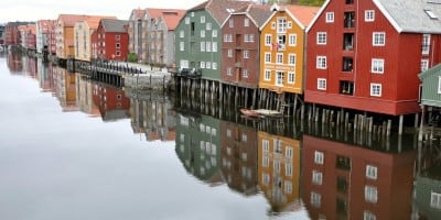 30 Splendid Examples Of Reflection Photography
