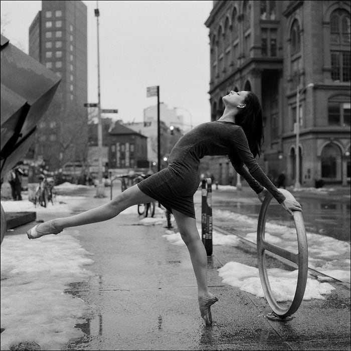 ballerinas_on_the_street_7