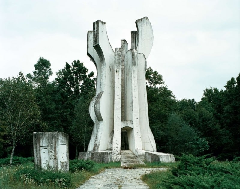 Abandoned Monuments by Jan Kempenaers -monuments