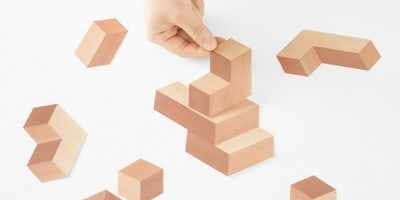 Illusionary 3D Bricks Puzzle Made of Paper Strips