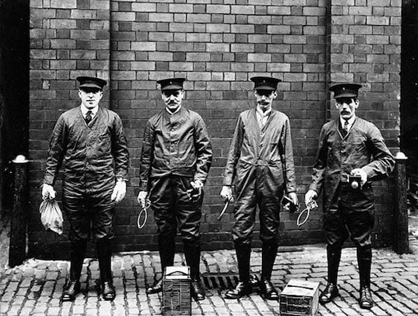 V0030482 Liverpool Port Sanitary Authority rat-catchers