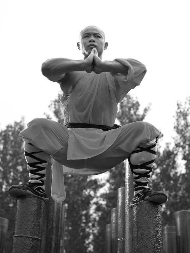 Shaolin-Monks-Training-Tomasz-Gudzowaty-0015