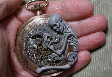 Artist Creates Incredible Tiny Sculptures From Recycled Watch Parts