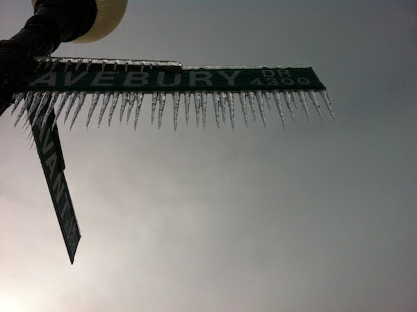A+frozen+iced+out+street+sign.+ +The+30+Most+Amazing+Photos+Of+Frozen+Things+In+Honor+Of+The+Coldest+Morning+Of+The+21st+Century - The 30 Most Amazing Photos Of Frozen Things In Honor Of The Coldest Morning Of The 21st Century