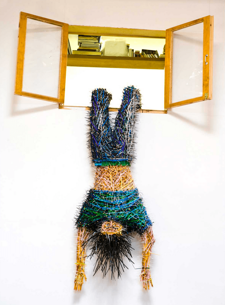 stunning sculptures made out of colored pencils freeyork