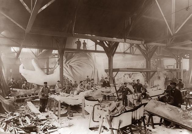 Construction of the Statue of Liberty 1884