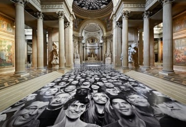 "JR Installs New InsideOut Project ""Au Panthéon"" in Paris"