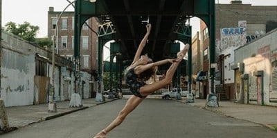 """""""The Ballerina Project"""" – Portraits Of Dancers And Ballerinas In Urban Areas"""