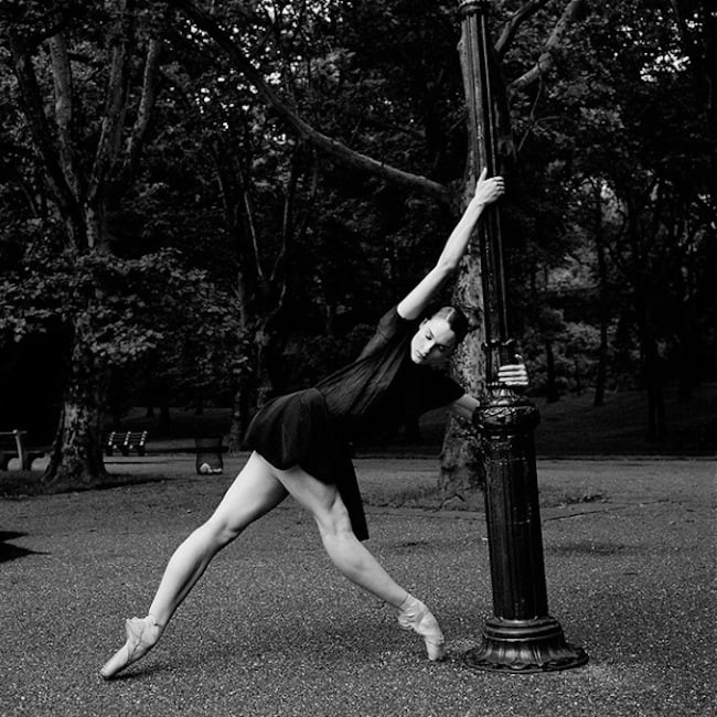 The_Ballerina_Project_Portraits_Of_Dancers_And_Ballerinas_In_Urban_Areas_2014_02