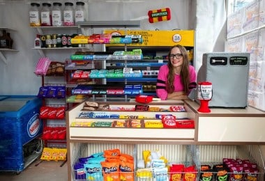 Artist Lucy Sparrow Fills Corner Shop in London with 4,000 Hand-Stitched Felt Products