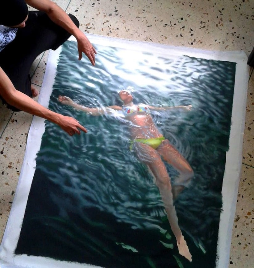 Hyperrealistic_Oil_Paintings_Of_People_Swimming_by_Gustavo_Silva_Nunez_2014_03