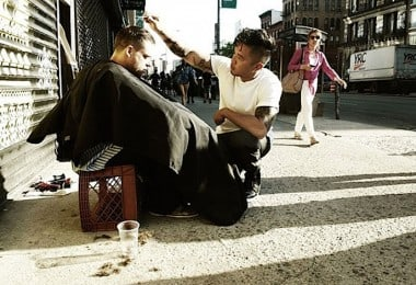Hair Stylist gives free Haircuts to the Homeless every Sunday in New York