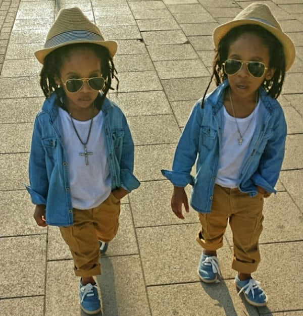 2YungKings_Young_Twin_Brothers_Dressed_In_Matching_Dapper_Outfits_2014_03