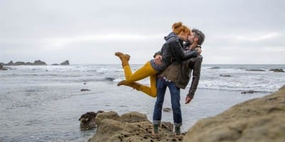 Traveling Kiss: Photographers in Love Recreate Romantic Kiss Around The World For Adorable Photo Project