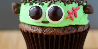 10 Cute and Creative Halloween Cupcakes