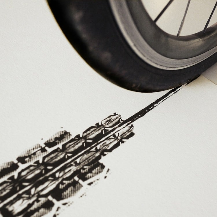 Famous Landmarks Printed with Bicycle Tire Tracks by Artist Thomas Yang 2014 05 750x750 - Famous Landmarks Printed with Bicycle Tire Tracks by Artist Thomas Yang